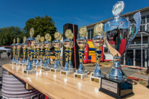 BMW SCENE Show 2019: Pokale für die BMW VIP Cars und Gewinner unserer Contests.